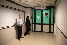 Parents of the 12-year-old girl are seen in the photo as their daughter receives heart transplant, Tehran, Iran, September 28, 2019. The heart of a 35-year-old woman, who suffered from brain death, was transferred from Tabriz to Tehran for heart transplanting.
