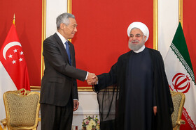 Meeting between Iranian President Hassan Rouhani and Singapore's Prime Minister Lee Hsien Loong on the sidelines of the Eurasian Economic Council's summit, Yerevan, Armenia, October 1, 2019.