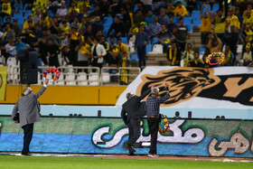 On the sidelines of the football match between Sepahan FC and Zob Ahan FC, Isfahan, Iran, October 4, 2019. It was two-nil to Sepahan FC (yellow kit).