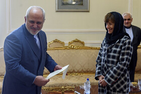 New Australian Ambassador to Iran Lyndall Sachs (R) presents her credentials to Iranian Foreign Minister Mohammad Javad Zarif, Tehran, Iran, October 6, 2019.