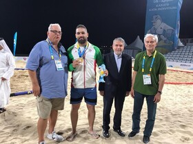 Iranian wrestler wins gold medal in ANOC World Beach Games