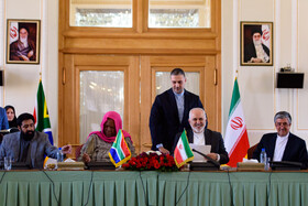 A meeting between Iranian Foreign Minister Mohammad Javad Zarif (2nd, R) and the Minister of International Relations and Cooperation of South Africa, Naledi Pandor (2nd, L), is held in Tehran, Iran, October 16, 2019.