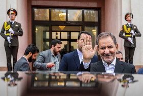 Iranian First Vice-President Es'haq Jahangiri arrives in Tashkent City of Uzbekistan in order to attend the 18th meeting of the Council of Heads of Government (Prime Ministers) of the Shanghai Cooperation Organization, November 1, 2019.