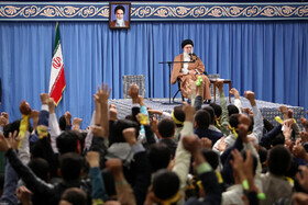 School, university students meet with Iran's Leader