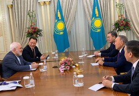 FM Zarif meets with Nursultan Nazarbayev