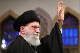 Iran's Leader meets with people of Qom