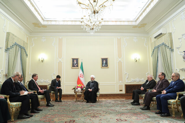 "President Rouhani: ""We must all cooperate to ease tensions in region"""