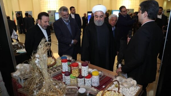 President Rouhani visits agricultural achievements fair