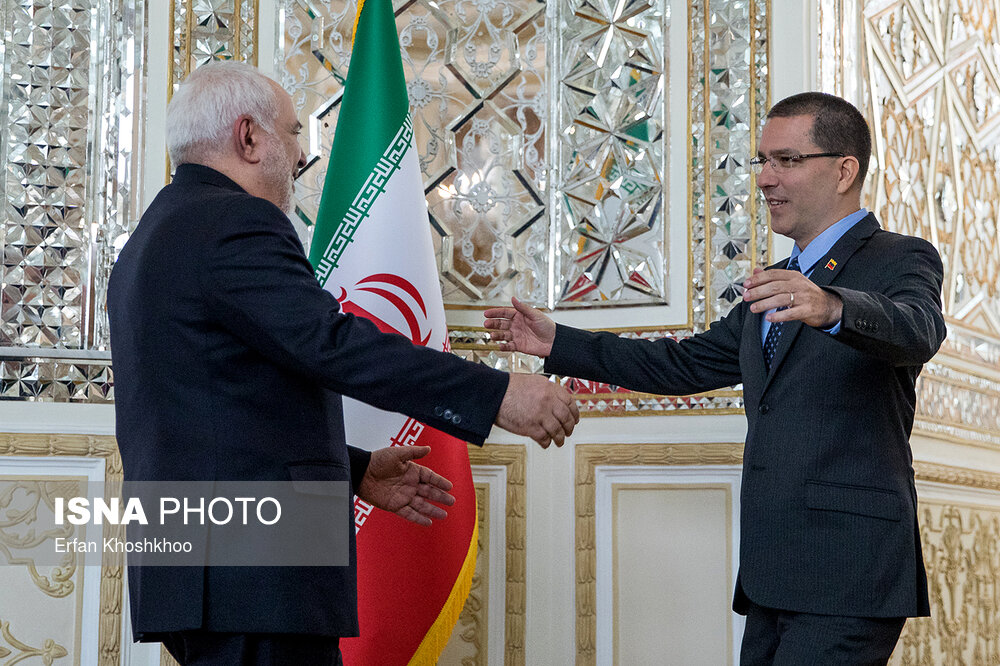 Iranian FM holds meeting with Venezuelan counterpart