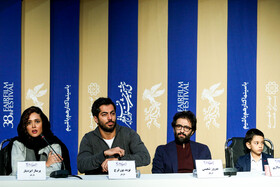 """Actress Parinaz Izayar, actor Navid Pourfaraj (2nd, L) and actor Behrouz Shoeibi (2nd, R) are present in the press conference of """"Bone Marrow"""" on the fifth day of the 38th Fajr Film Festival, Tehran, Iran, February 5, 2020."""