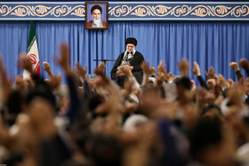 Iran's Leader meets with thousands of E. Azerbaijan's people