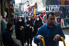 Tehran Grand Bazaar is seen amid fears over the new coronavirus, Tehran, Iran, March 11, 2020. Some people wear face masks and go out instead of staying at home.