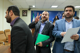 Ammar Salehi (M), the son of the former Iranian army commander, Major General Ataollah Salehi, makes a V sign for victory after the court session, Tehran, Iran, August 31, 2019. He was involved in the case of corruption in Sarmayeh Bank.