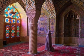 American magazine recommends visiting Iran's Pink Mosque