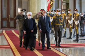 Iranian President welcomes Iraqi PM in Tehran