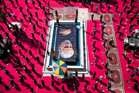 A mourning ceremony is held on Ta'sua Day of Muharram Month at the Shrine of Imamzadeh Saleh, Tehran, Iran, August 29, 2020.