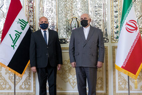Iranian FM Zarif receives his Iraqi counterpart