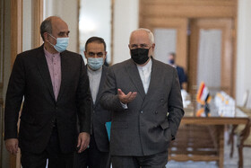 Iranian Foreign Minister, Mohammad Javad Zarif (right), is seen before the beginning of his meeting with Iraqi Foreign Minister, Fuad Hussein, Tehran, Iran, September 26, 2020.