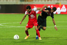The football match between Persepolis FC (red kit) and Foolad Khuzestan FC, Tehran, Iran, January 18, 2021
