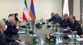 Iranian, Armenian Foreign Ministers hold talks in Yerevan