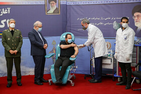 رونمایی از واکسن کووید ۱۹ (فخرا)The unveiling ceremony of an Iranian COVID-19 vaccine, dubbed Fakhra, is held in Tehran, Iran, March 16, 2021.