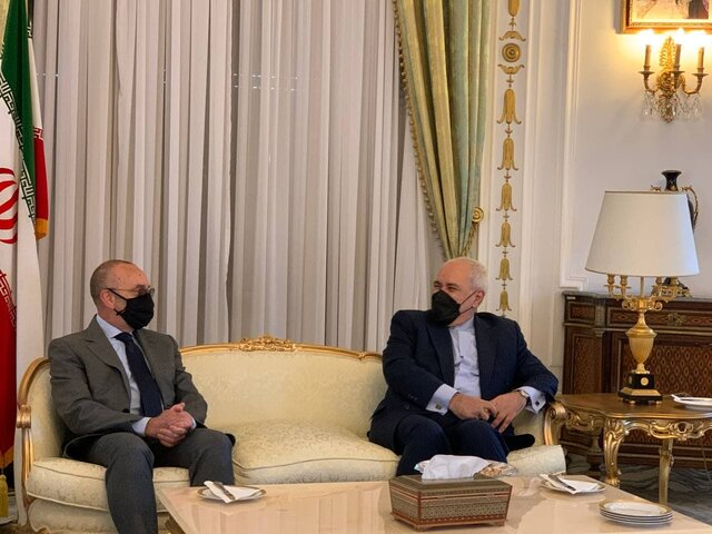 Iran FM meets with President of Foreign Affairs Committee of Italian Senate
