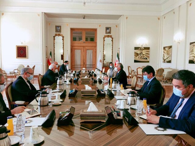UN envoy for Afghanistan meets with Foreign Minister Zarif