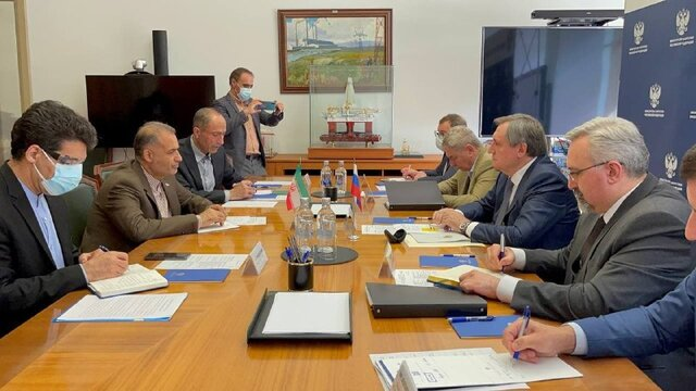 Iran, Russia review ways for further expansion of oil, energy cooperation