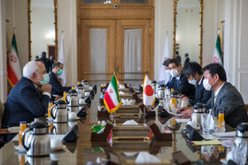 Iranian, Japanese FMs confers on bilateral ties, JCPOA, Afghanistan