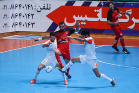 The first leg of the final of Iran's futsal league held between Giti Pasand Isfahan FSC and Mes Sungun FSC in Isfahan, Iran, June 19, 2020. Mes Sungun FSC defeated its rival 4-3.