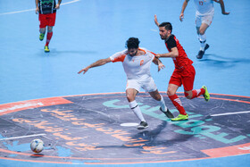 First leg of final held in Isfahan
