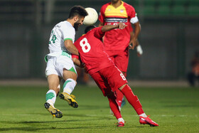 The football match between Zob Ahan Isfahan FC (white kit) and Foolad FC, Isfahan, Iran, November 6, 2020.