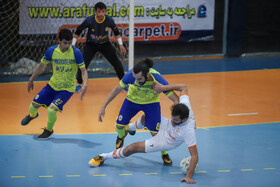 Pro futsal league / Farsh Ara defeat Mes Sungun in Mashhad