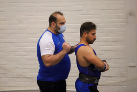 Iran's pro weightlifting league begins in Ahvaz