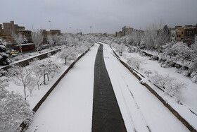 Snow covers Tabriz in early winter
